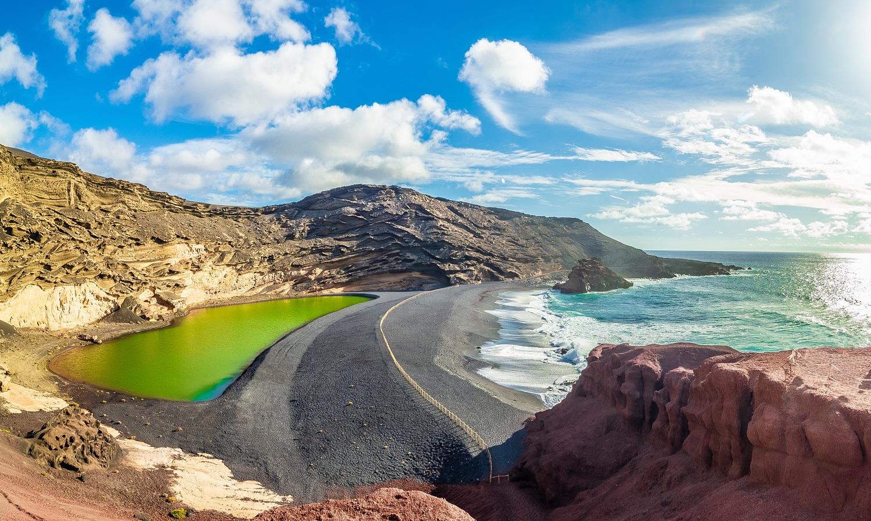Lago Verde de El Golfo en Lanzarote
