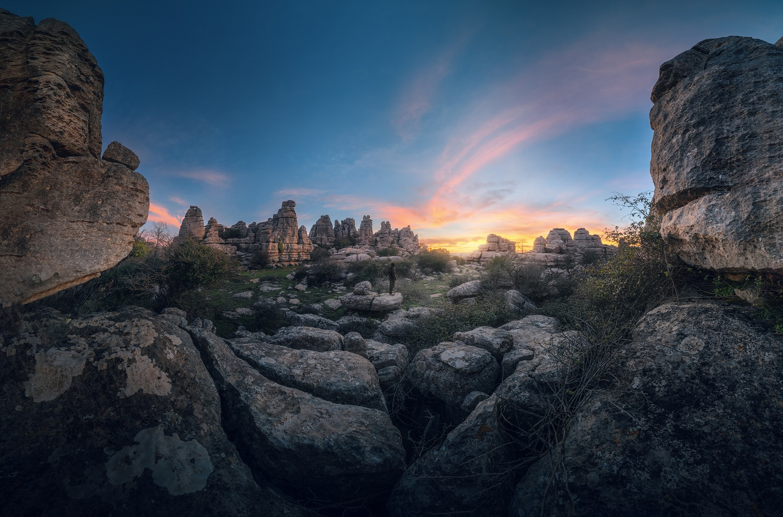 Atardecer en el Parque Natural del Torcal de Antequera