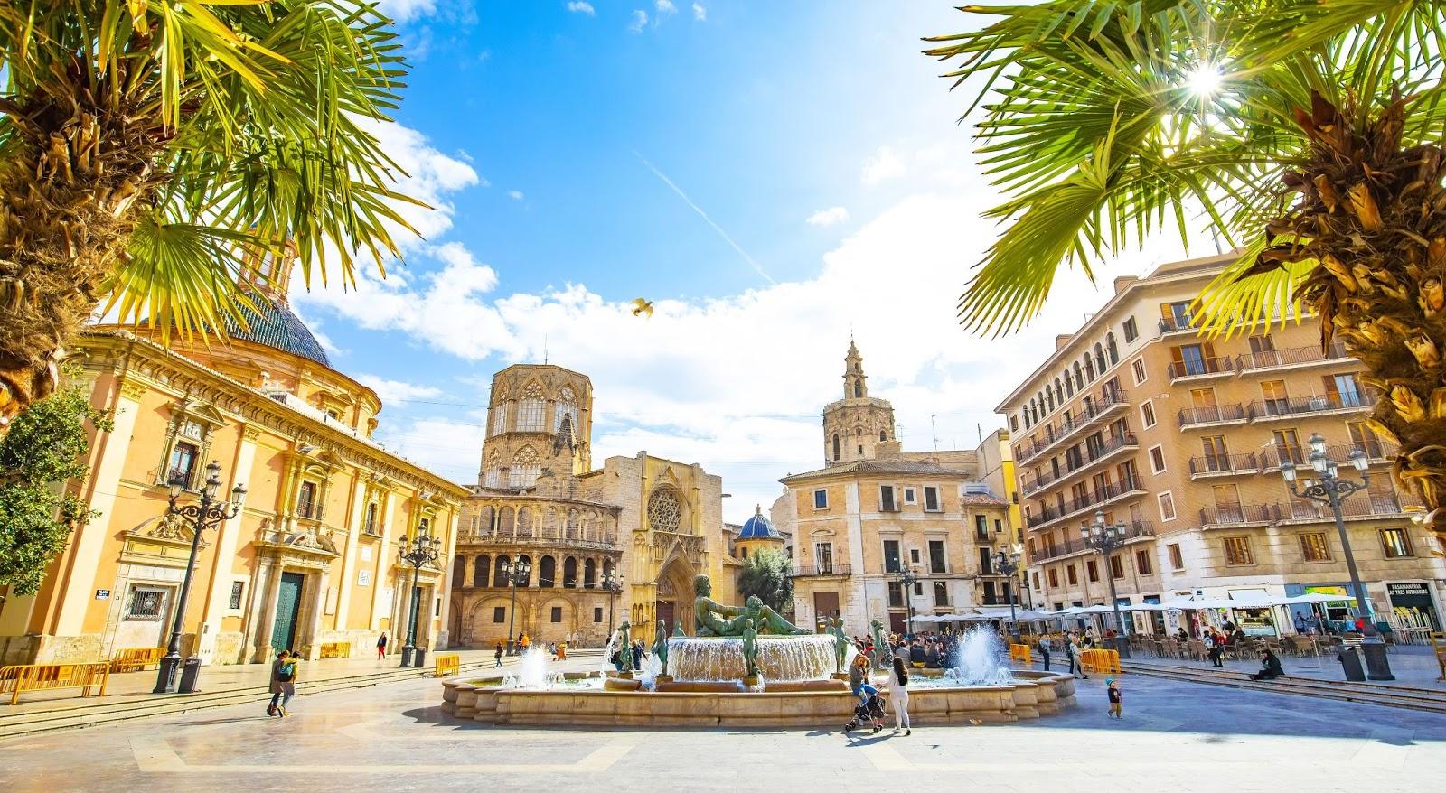 ¿Te apuntas a pasear por Valencia?