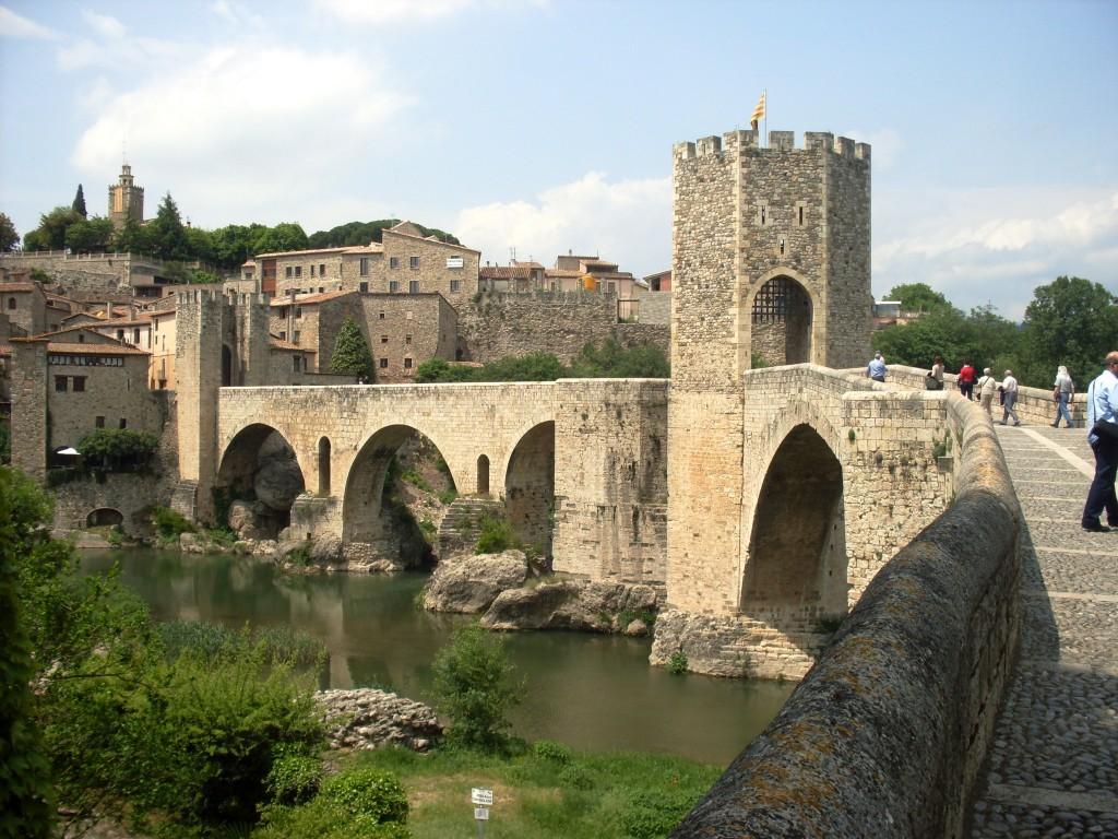 Pueblo Medieval de Besalú, Girona