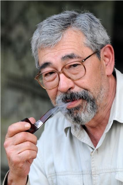 ryoki-inoue-libros-escritor-2