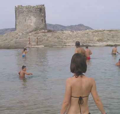 Sheila en la Playa de La Pelosa