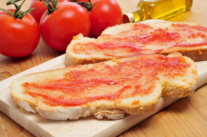 pan con tomate Mediterráneo